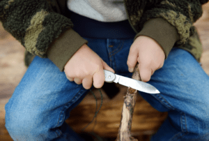 A Review of Ontario Rat 2 Survivalist Knife: Is This the Knife You'll Need?