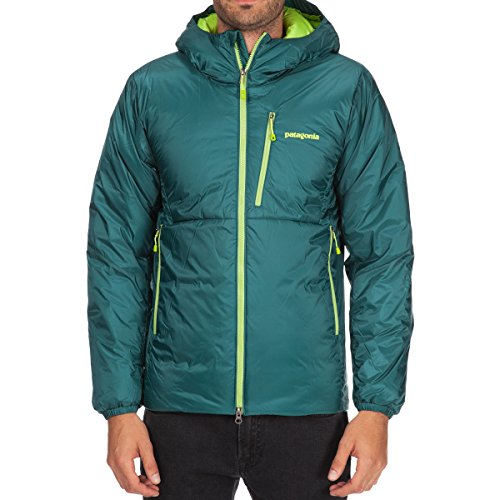 buy popular 70093 958bf My Patagonia DAS Parka Review: Is This for You? - All ...
