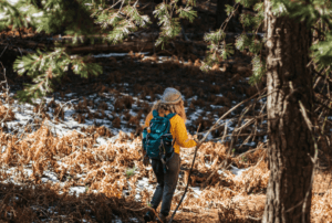 Read more about the article Arcteryx Zeta vs Beta Jackets | In-Depth Comparison
