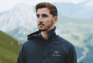 The Arc'teryx Kyanite Review – A Great Jacket for Outdoor Enthusiasts!