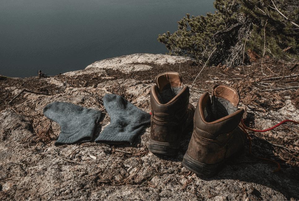 10 Best Hot Weather Hiking Socks [2021]: Summer, Warm Weather